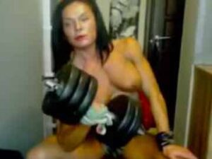 Muscular MILF Dumbbell Workout And Bicep Flex