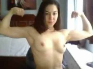 Young Muscle Girl Live Session