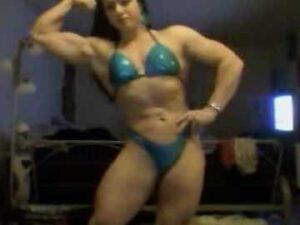 Hot Female Bodybuilder Shows Her Strength