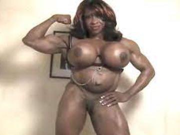 Ebony Muscle Woman Webcam Show